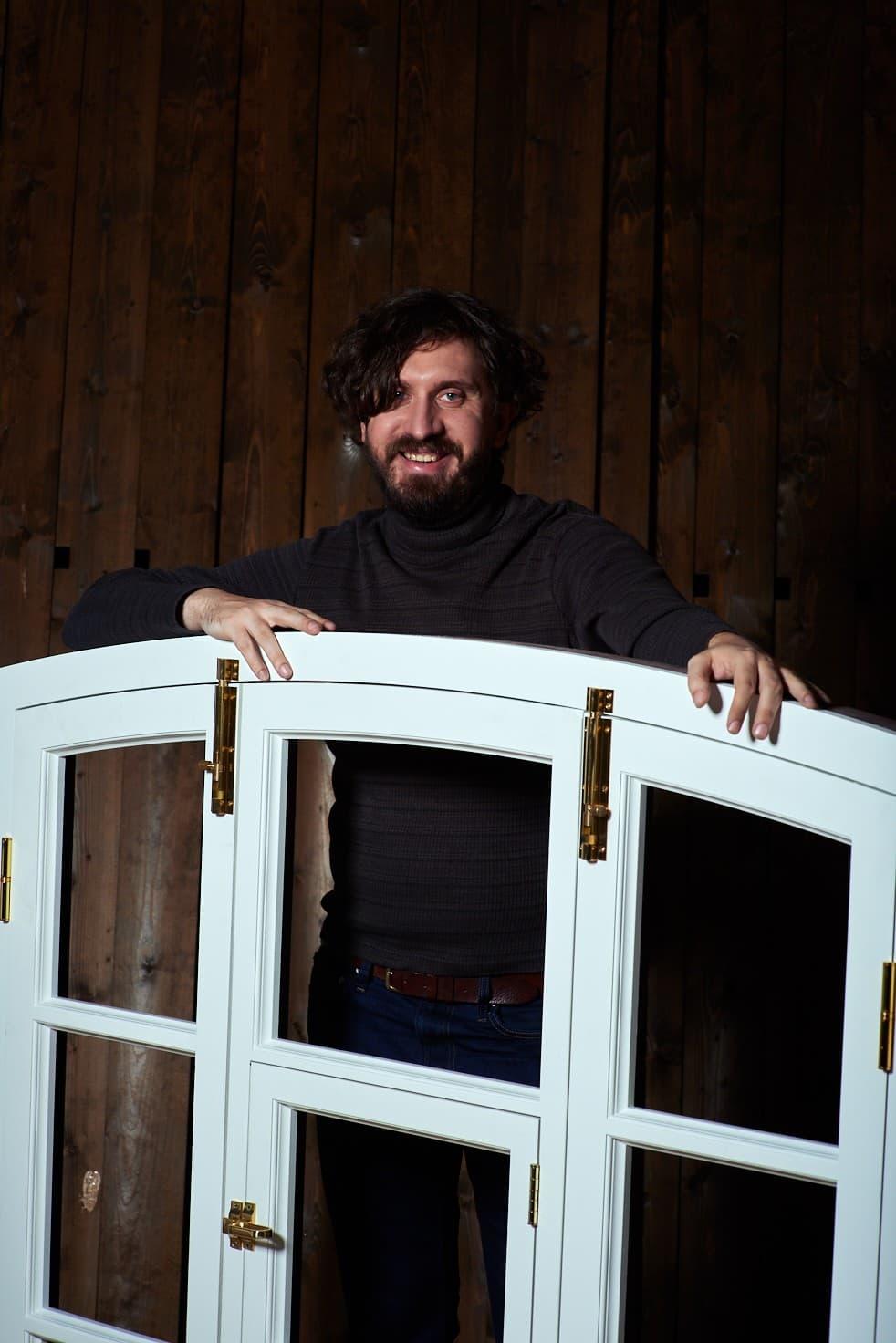 Woodcort: окно в центр. Прямая речь Антона Снитко