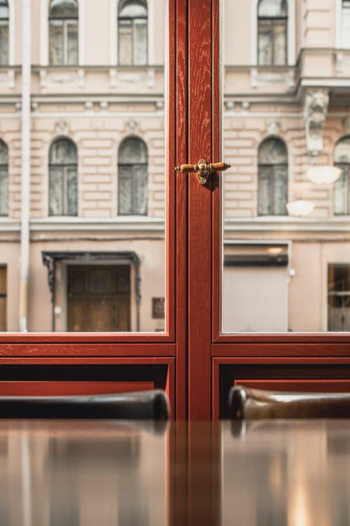 Что такое деревянные стеклопакеты